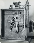 Early Projector Mechanism